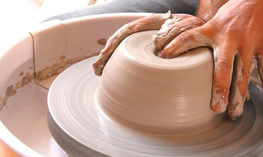 Electric Pottery Wheel 2 (1)