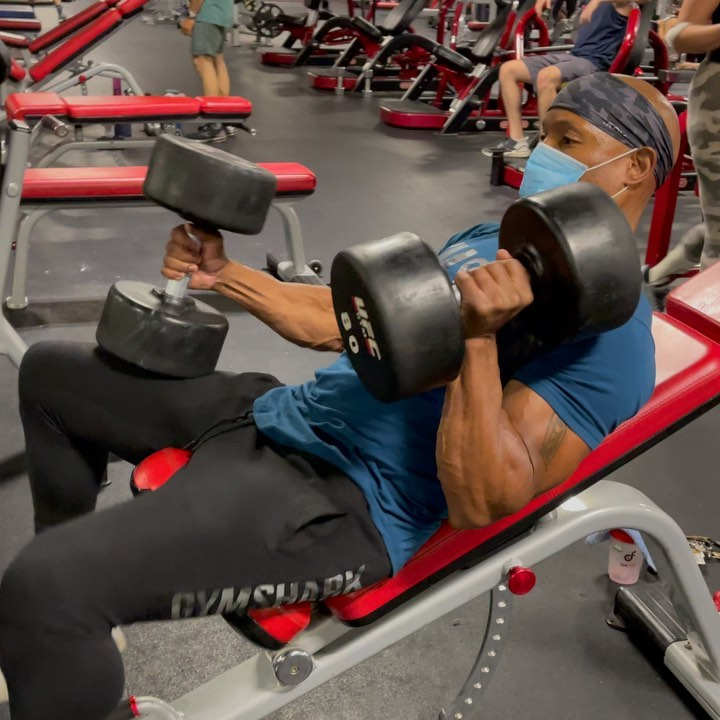 a Dumbbell Pullover